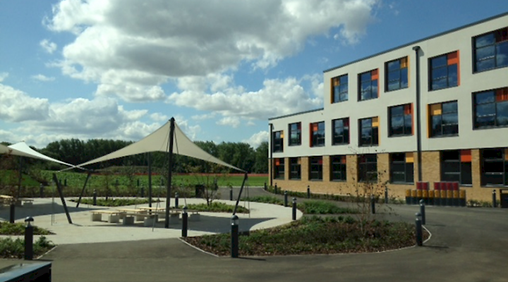 Hampton Gardens School Handed Over to Trust